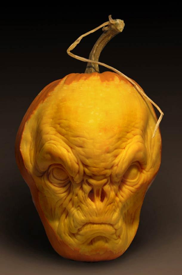 hallowee-sculptures-villafane-studio-5