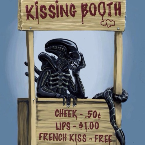 alienkissingbooth