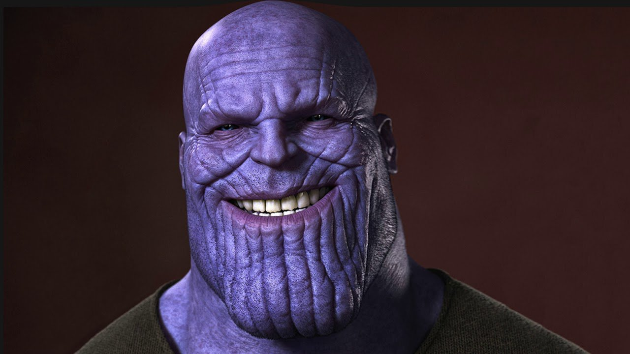 thanos sourit